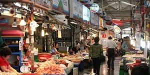 东门自由市场