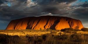 在北领地,去乌鲁鲁巨岩看日出