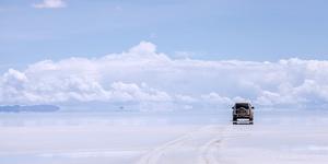 玻利维亚-天海相接